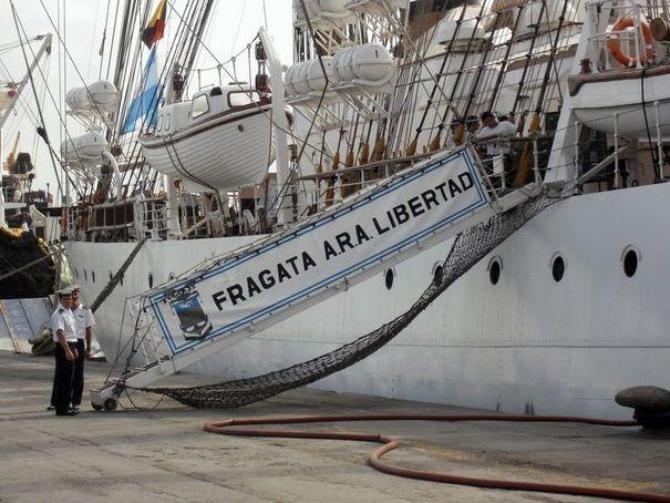 Argentine : retour triomphal pour la frégate Libertad retenue 78 jours au Ghana