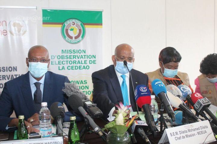 """Présidentielle ivoirienne : """"Le scrutin est globalement satisfaisant et donc acceptable"""" (mission CEDEAO)"""