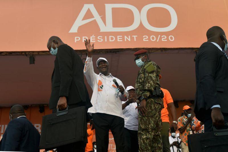 Côte d'Ivoire: le gouvernement saisit la justice suite à la désobéissance civile et la création du conseil nationale de transition