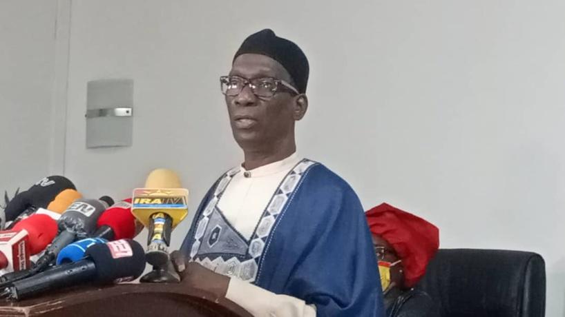 Mamadou Diop Decroix se démarque de Idy