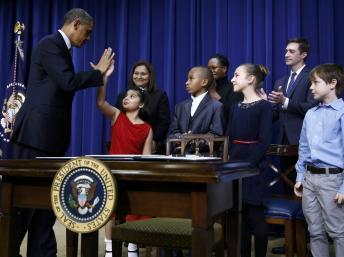 Barack Obama a lu des extraits de lettres que lui avaient envoyées des enfants après la tuerie de Newtown. REUTERS/Jason Reed
