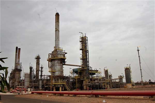 Les pays pétroliers africains appellent à agir face à la baisse des investissements étrangers