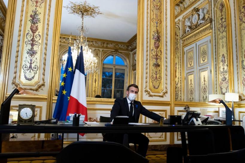 Attentats islamistes : Emmanuel Macron critique des médias anglo-saxons