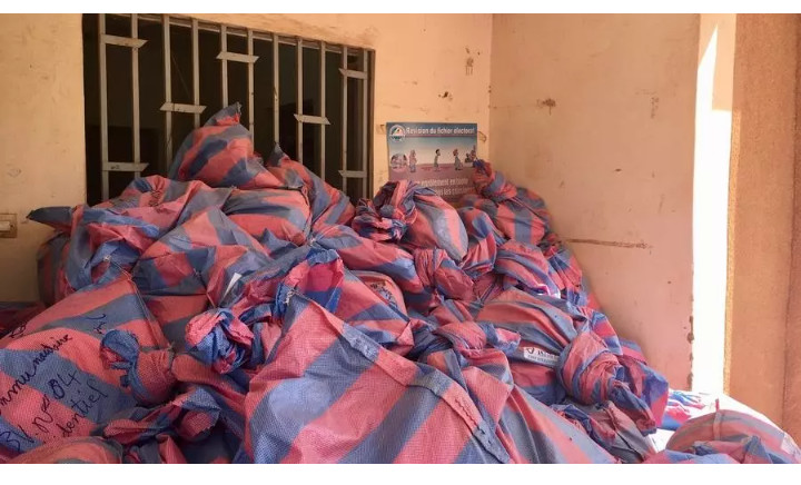Élections au Burkina Faso: la compilation, travail de longue haleine pour des équipes épuisées