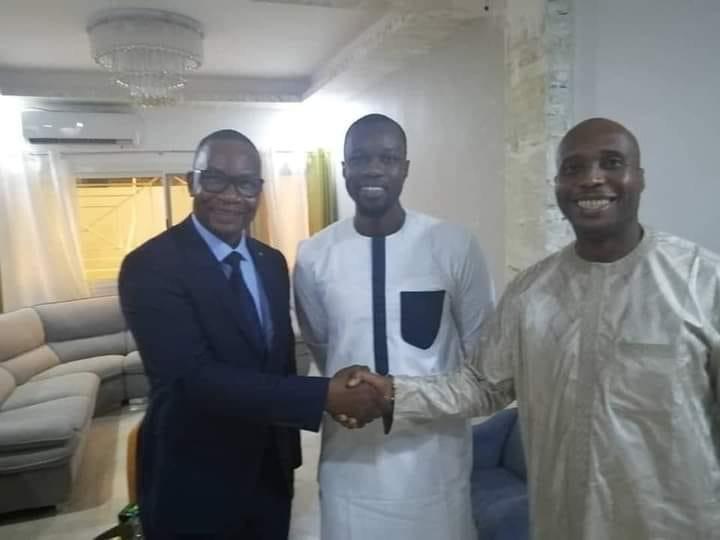 Me Moussa Diop va retirer sa plainte contre Barthélémy Dias, après une réconciliation
