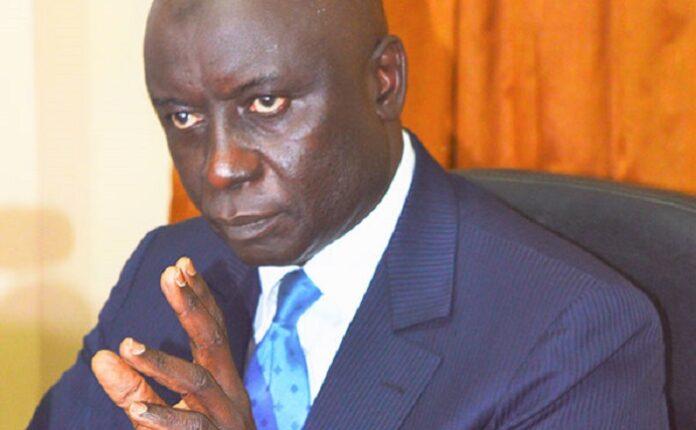 Idrissa Seck dit avoir demandé à Déthié Fall de « se taire »