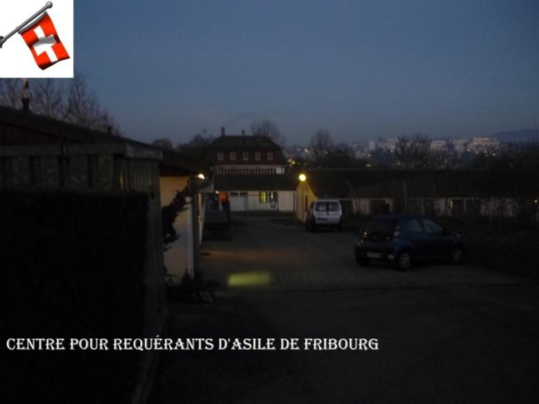 Suisse & Foyers pour requérants d'asile : Une prison « douce » pour des immigrés