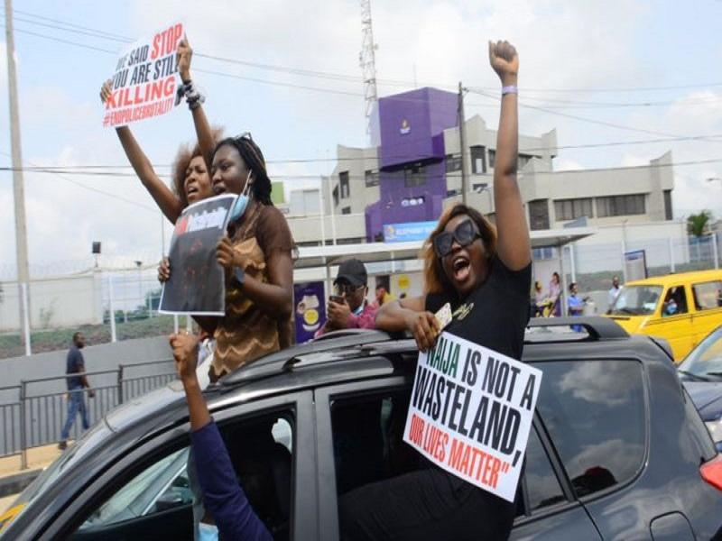 End Sars : Ces femmes nigérianes à la tête de la lutte pour le changement