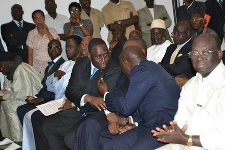 Empoignades Rewmi-APR : Moustapha Niasse charge Idy et se range du côté de Macky