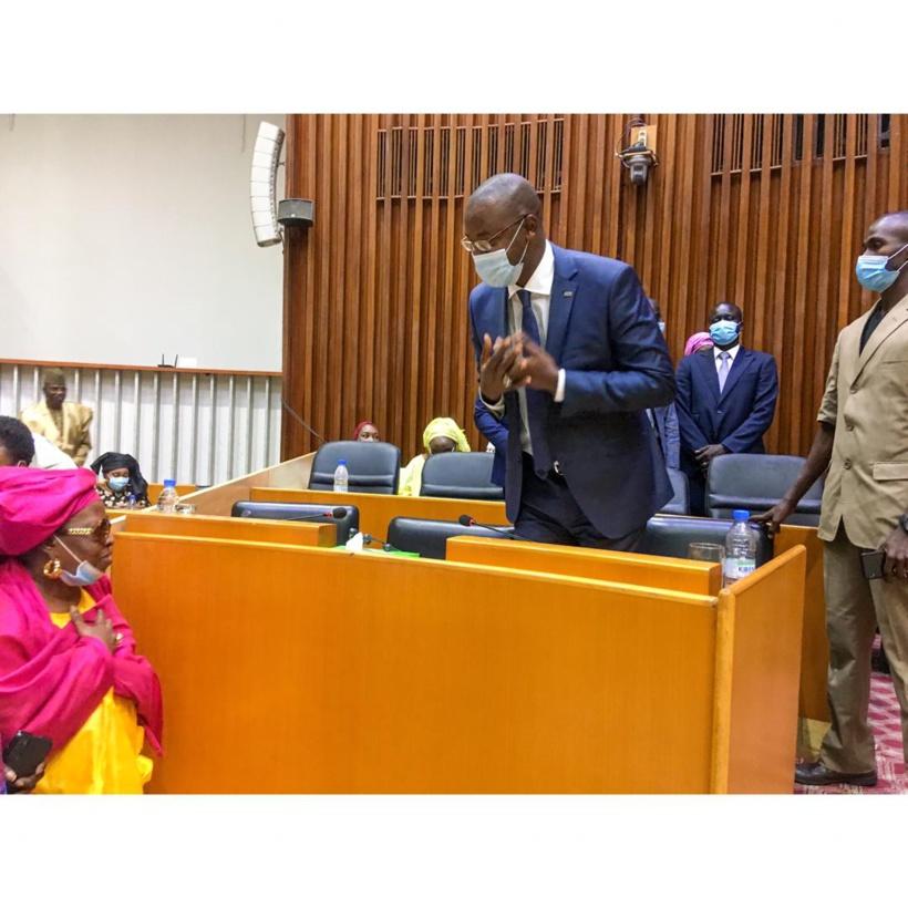 Projet de budget arrêté à 145 milliards: «la nouvelle économie numérique est un tournant décisif à ne pas rater», selon le ministre Yankhoba Diattara
