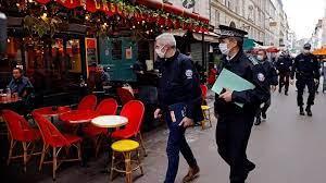 Covid-19 en France: le confinement remplacé par un couvre-feu