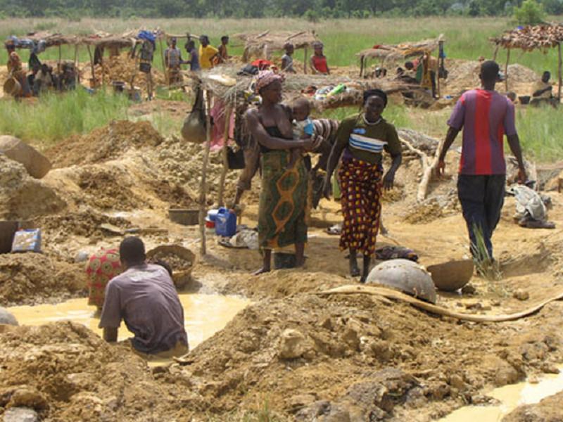 Saraya: un site d'orpaillage clandestin démantelé, 16 individus arrêtés