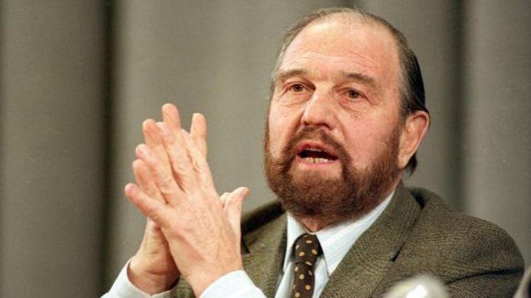 Décès de George Blake, célèbre agent double britannique qui espionnait pour les Soviétiques