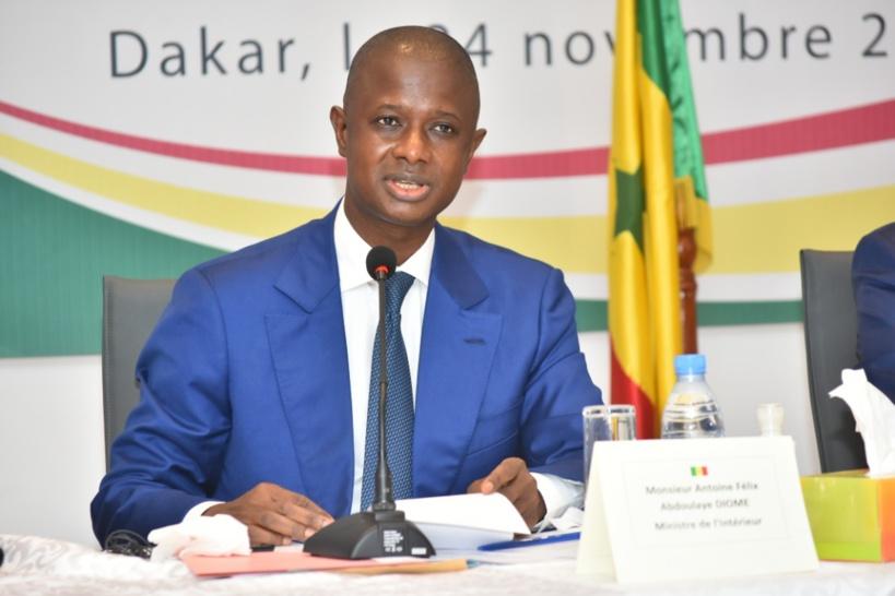 Levée de fonds international : le ministre de l'Intérieur menace de dissoudre le parti PASTEF