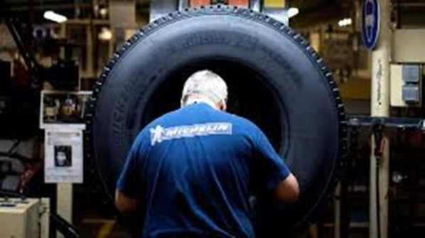Michelin compte supprimer jusqu'à 2 300 postes d'ici à trois ans en France