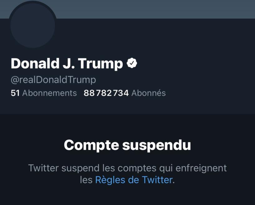 Le compte Twitter de Donald Trump définitivement suspendu