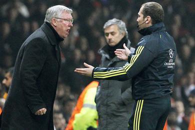 Ferguson furieux, sous les yeux de Mourinho