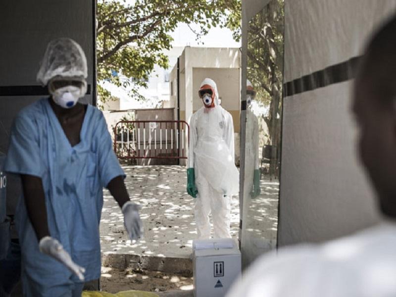 Révélation du Pr. Mamadou Diarra Beye: «près de 300 cas sévères sous oxygène sont dans les CTE »