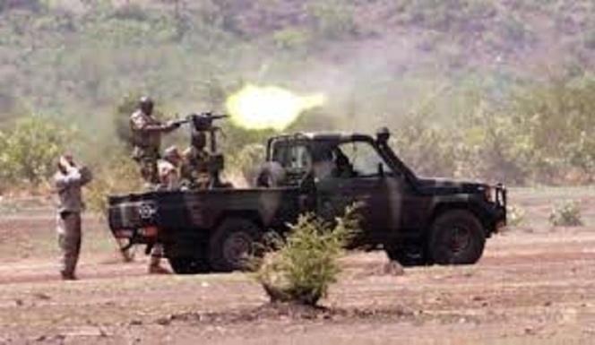 Mali: des tests ADN sur les corps des chefs jihadistes sont en cours, selon Laurent Fabius
