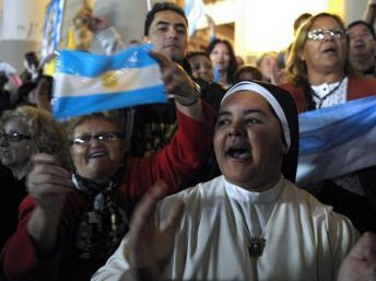 L'Argentine enthousiaste après la nomination du pape François