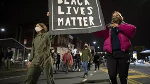 États-Unis: les progressistes et les Afro-Américains attendent Joe Biden au tournant