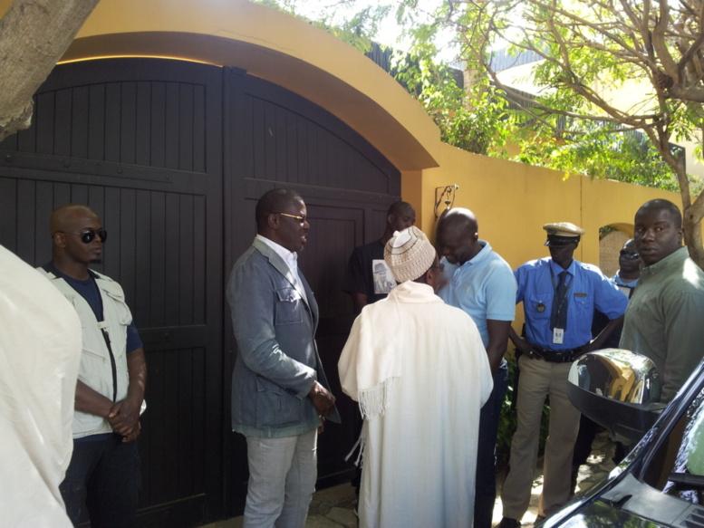 Le porte-parole du PDS, Babacar Gaye et l'ancien questeur de l'Assemblée nationale