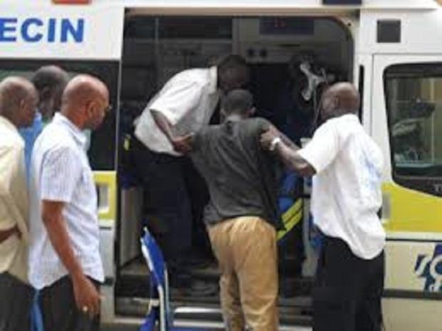 Dernière minute : Trois (3) grévistes de la faim du Centre de formation en agriculture évacués à l'hôpital