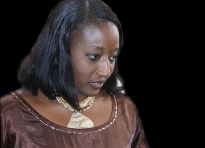L'ancien ministre Aminata Lo Dieng arrêtée jeudi pour non-respect du couvre-feu à un pas du parquet