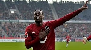 Transfert: Diouf intéresse Dortumund et Bayer Leverkusen