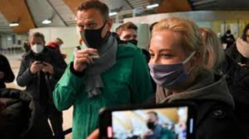 Russie: le bras de fer entre le Kremlin et Alexeï Navalny se poursuit devant les juges