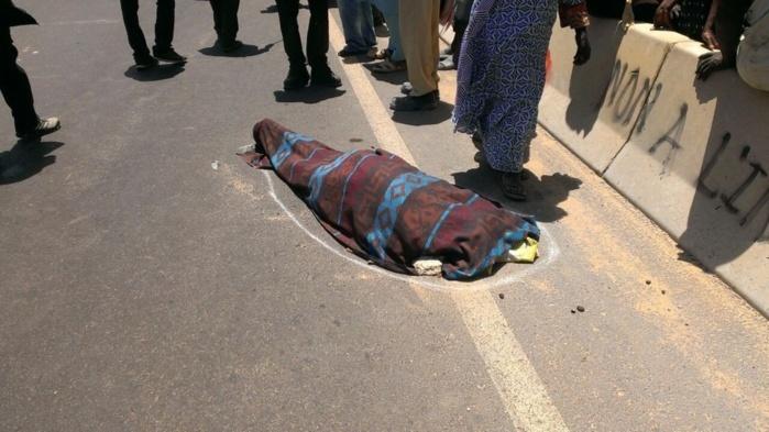 Photos – Accident sur la VDN : Une Mercedes heurte mortellement une dame (Ames sensibles, s'abstenir)