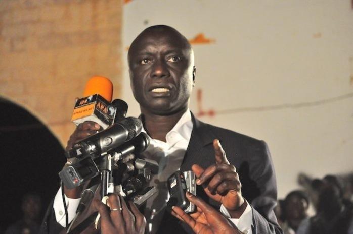 """Omar Sarr de Rewmi tacle Moustapha Diakhaté : """"des échappées de gaz nerveuses"""""""