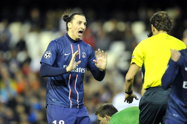 PSG-Barça : l'Espagne pointe du doigt l'arbitrage, les Blaugrana font grise mine