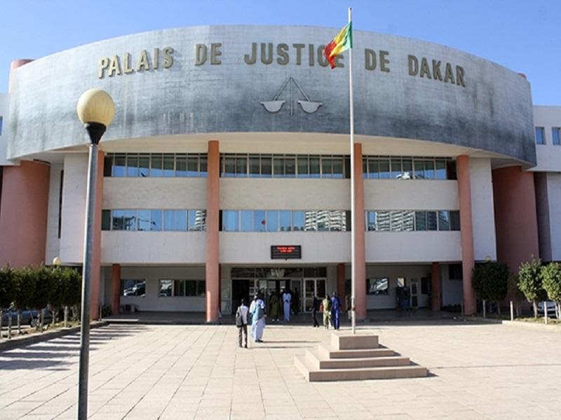 Tribunal de Dakar: les partisans de Sonko feront finalement face au Procureur dans l'après-midi