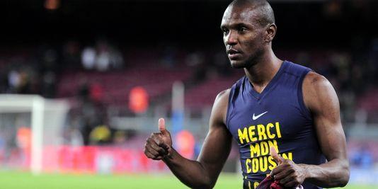 Eric Abidal reprend du service au Barça, un an après sa greffe du foie