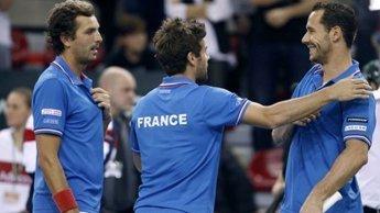 Tennis, Coupe Davis : l'Argentine remporte le double et mène au score face à la France