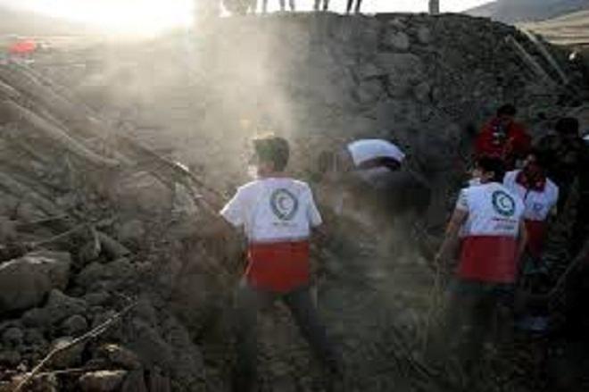 Un séisme de magnitude 7,5 frappe l'est de l'Iran