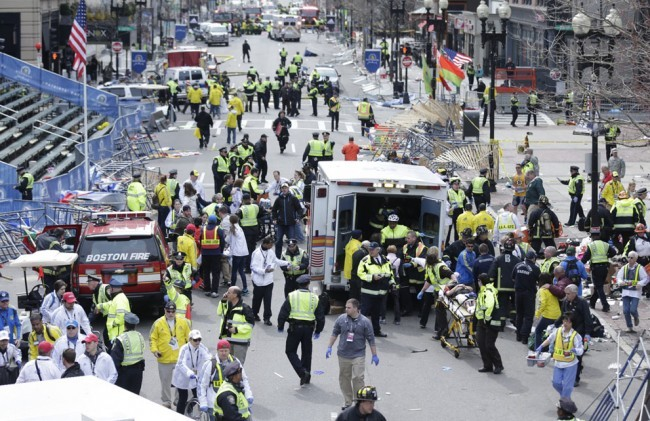La traque d'un des suspects des attentats de Boston se poursuit