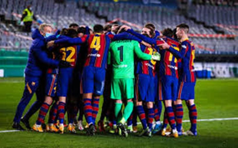 Le mercato, Messi, Xavi: les candidats à la présidence du Barça jouent cartes sur table