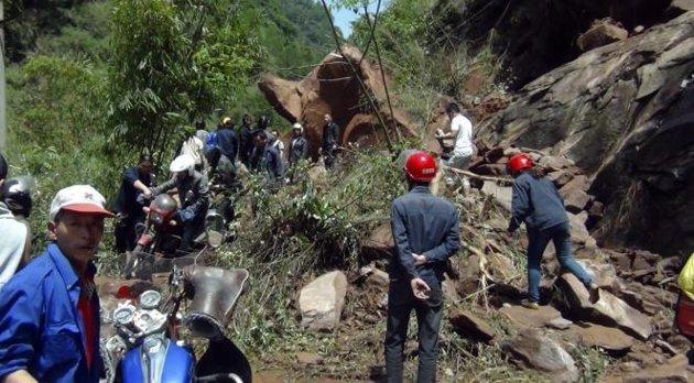 Chine: Les secours s'activent pour sauver les victimes du séisme
