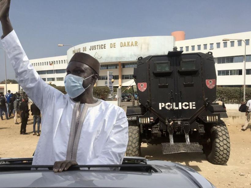 Mandat d'amener contre Ousmane Sonko : Le leader de Pastef au Tribunal de gré ou de force