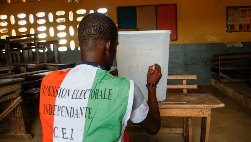 Législatives en Côte d'Ivoire : pouvoir et opposition revendiquent la victoire