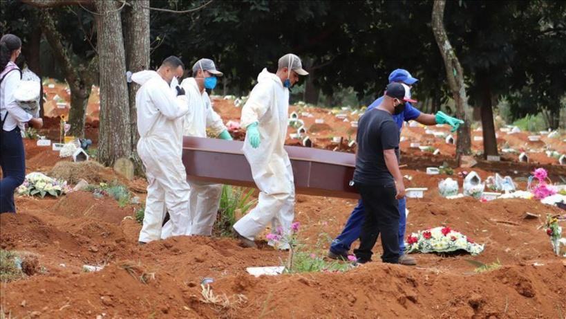 Covid-19: le Brésil enregistre 1 972 décès sur une journée, un record