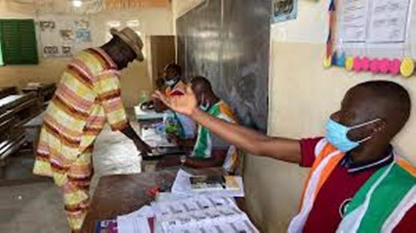 Elections en Côte d'Ivoire: à Yopougon, qui bascule dans l'opposition, paroles d'électeurs