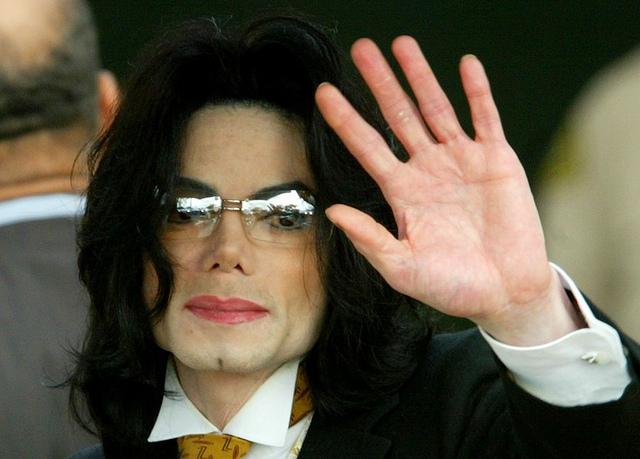 Procès Michael Jackson : après le médecin, le promoteur des concerts est visé !