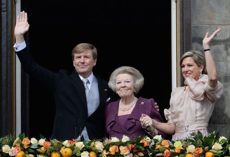 Le nouveau roi des Pays-Bas célébré par son peuple