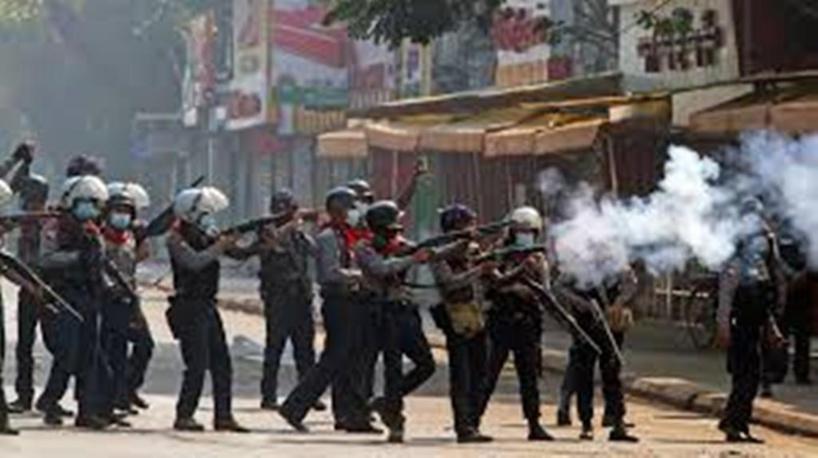 Birmanie: «La junte est hermétique aux sanctions, aux condamnations et au dialogue»