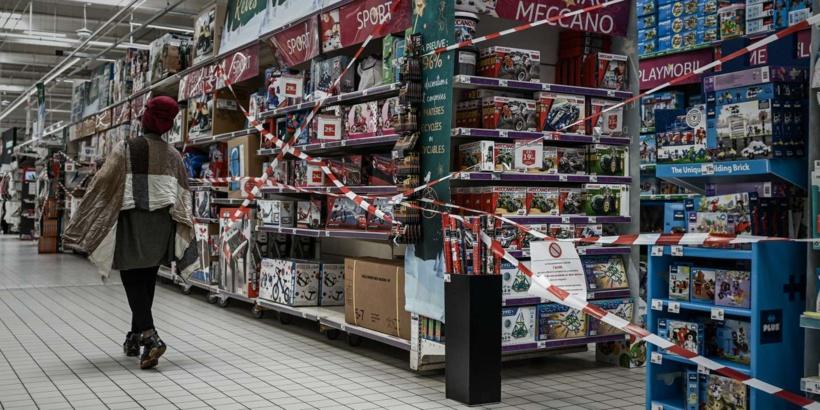 France : un 3e confinement et la fermeture de 110 000 commerces « non essentiels » vont peser sur l'économie