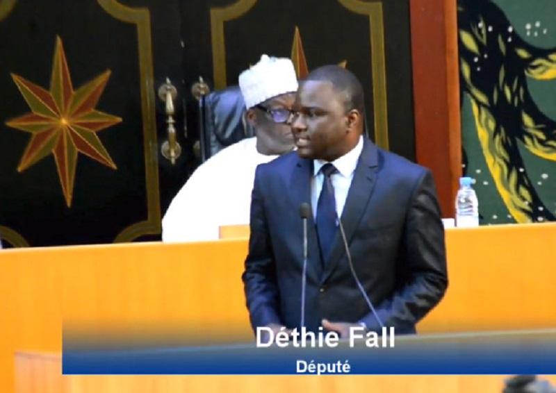 Déthié Fall va lancer sa formation politique le 28 mars prochain