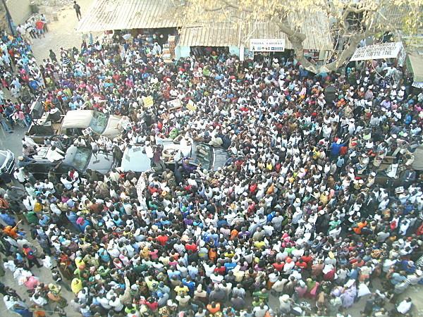 Manifestation PDS-Contre manifestation des jeunes de BBY: Le mercredi de tous les dangers